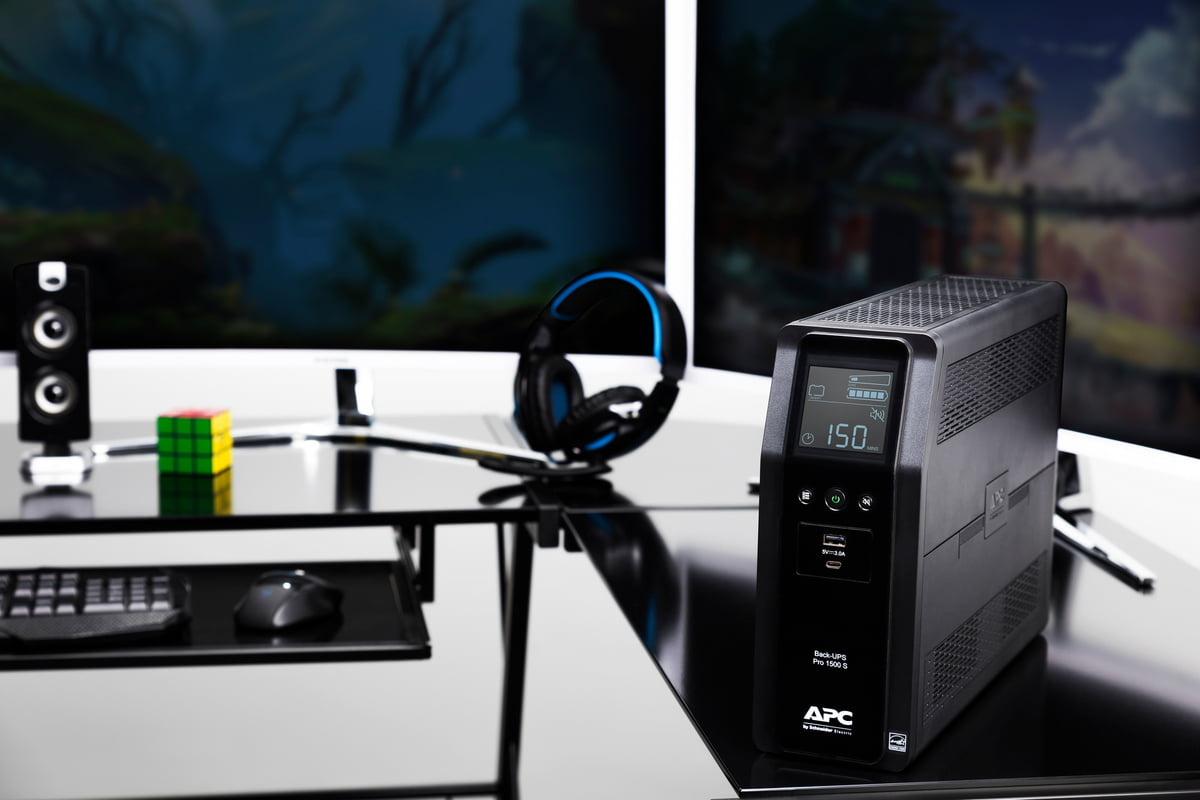 back ups pro 1500 s gaming ma 1 100859381 large.3x2 - APC targets gamers with its Back-UPS Pro Gaming UPS