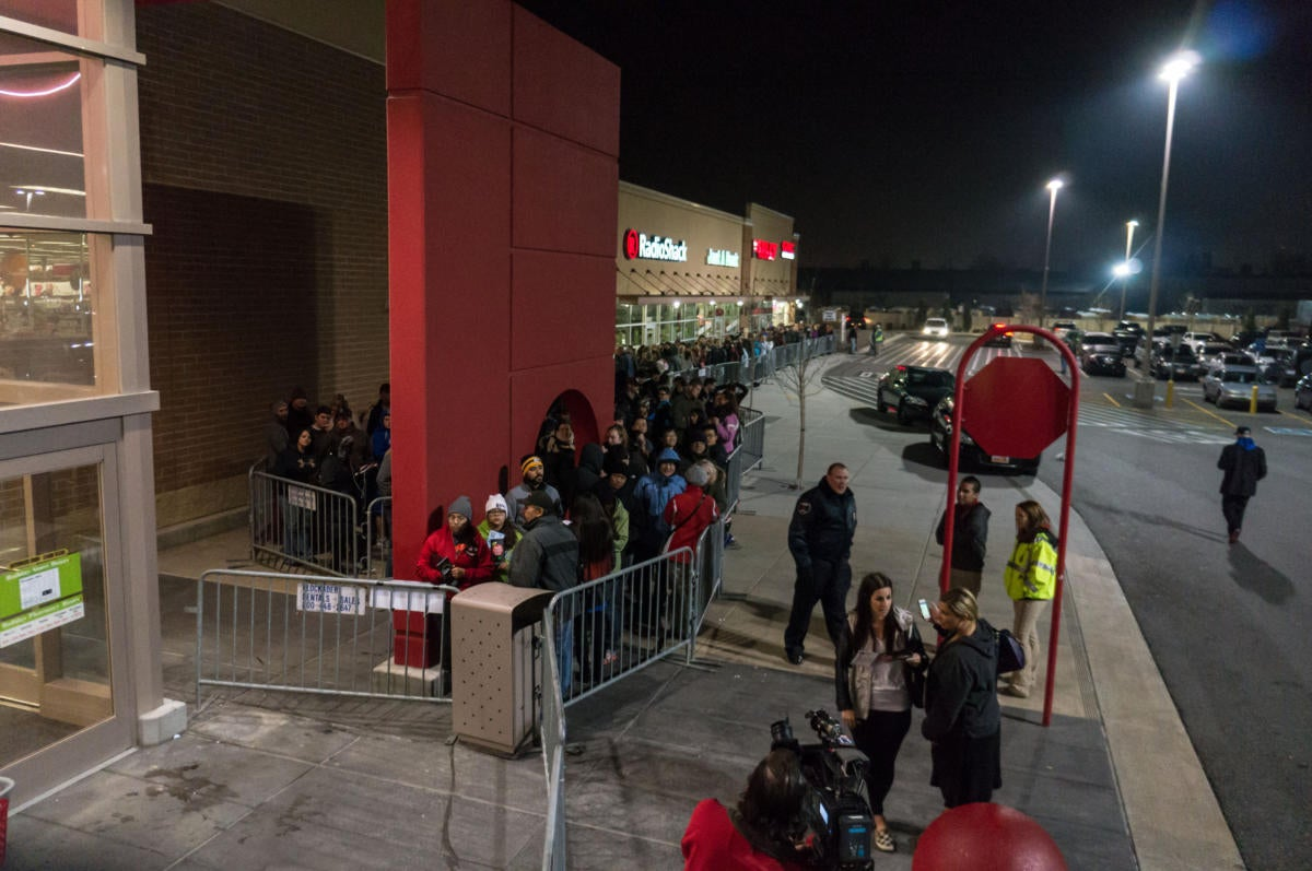 11224169706 65711570f5 o 100691314 large - Black Friday 2021: Everything you need to know